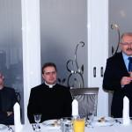 Ks. Grzegorz Krząkała, ks. dr Łukasz Gaweł i Prezydent Katowic Piotr Uszok