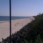 Widok na plażę w Unieściu
