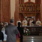 Msza Święta w Katedrze - od lewej : ks. Alfred Butwiłowski, ks. Grzegorz Krząkała, ks. Ryszard Kamiński i ks. Adam Marek