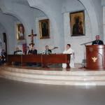 Ks. Ryszard Kamiński wygłaszający referat na temat hasła przewodniego