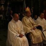 Od lewej ks. Grzegorz Krząkała, bp Łukasz Buzun i ks. Jacek Plota