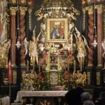 Ołtarz w bazylice Kalwarii Zebrzydowskiej.