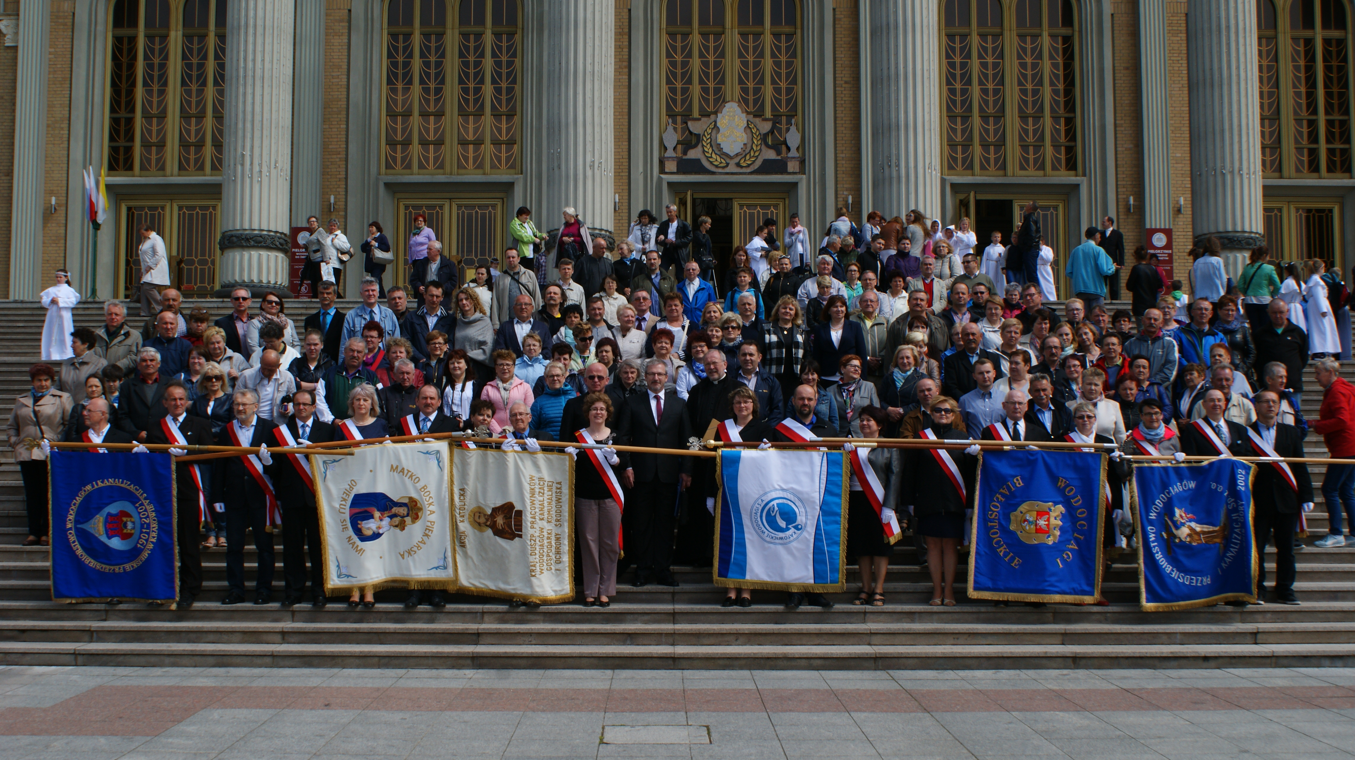 Uczestnicy XVIII pielgrzymki do św. Józefa w Kaliszu i MB Licheńskiej