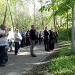 Rozważania Drogi Krzyżowej prowadzi ks. Grzegorz Krząkała